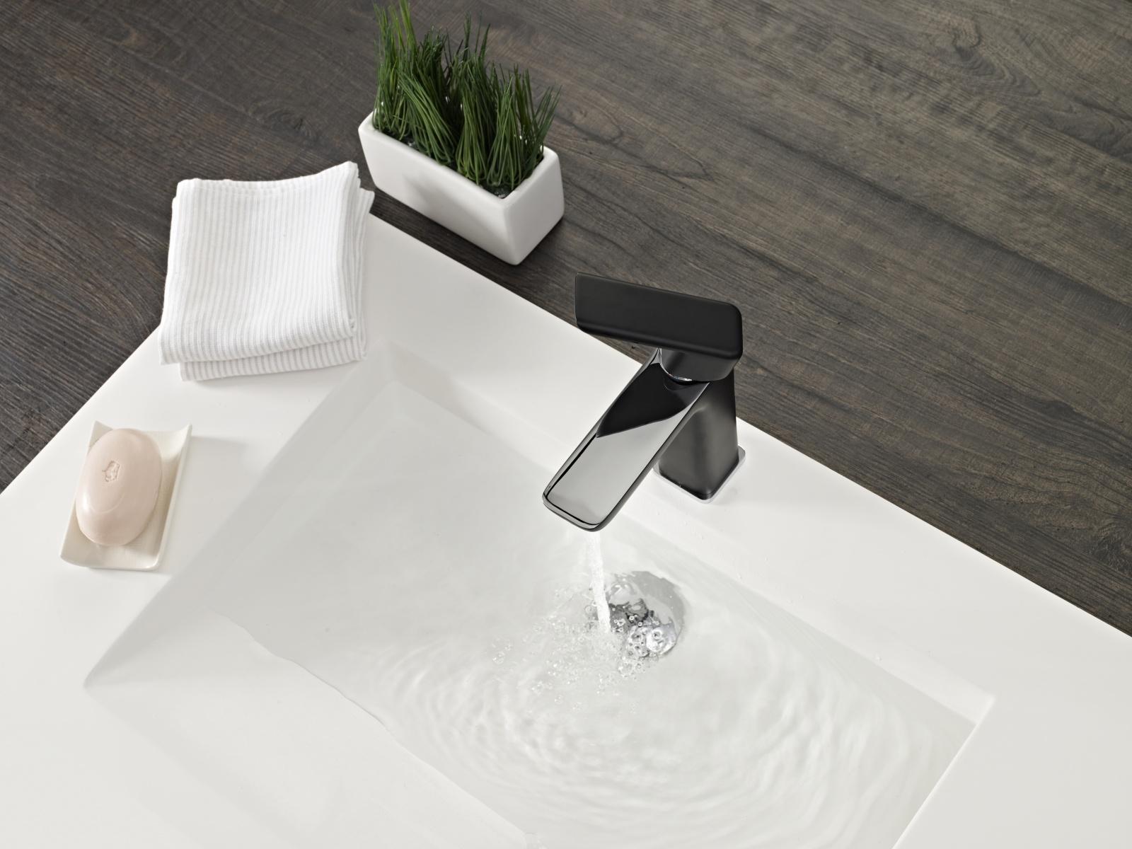 teka design armatur schwarz und chrom wasserhahn mischbatterie einhebelmischer ebay. Black Bedroom Furniture Sets. Home Design Ideas